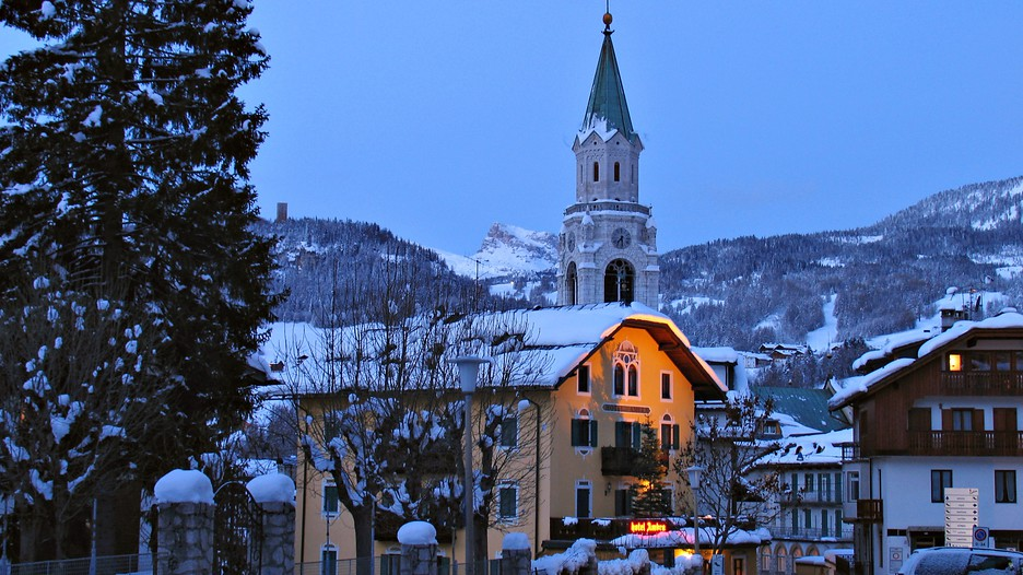 Cortina D Ampezzo Holidays Book Cheap Holidays To Cortina D Ampezzo And Cortina D Ampezzo City