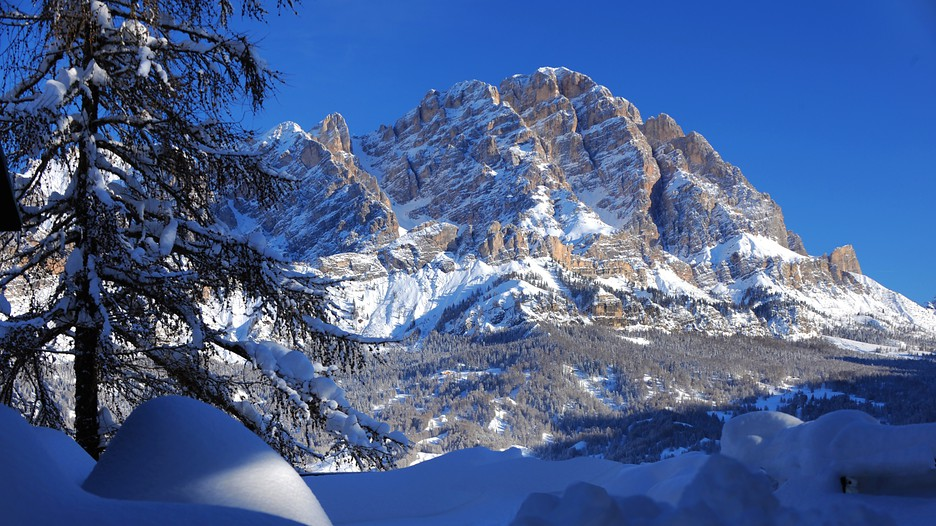 Cortina D 39 Ampezzo Ski Resort In Cortina D 39 Ampezzo
