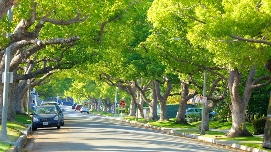 Beverly Hills Vacations: Package & Save up to $603 in 2017