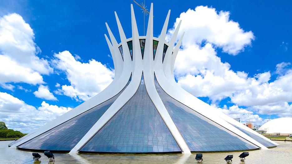 metropolitan cathedral in brasilia. Black Bedroom Furniture Sets. Home Design Ideas