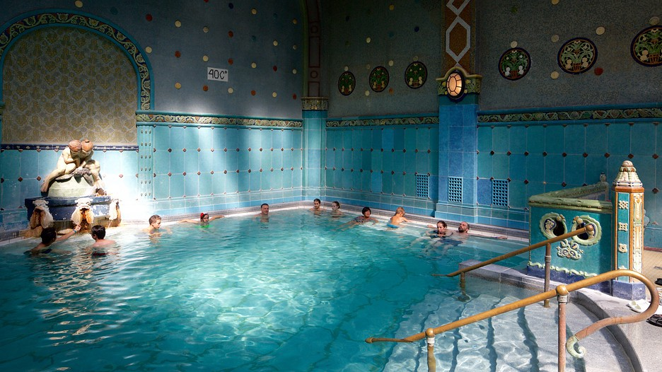 Gellert thermal baths and swimming pool in budapest expedia - Hotels in bath with swimming pool ...
