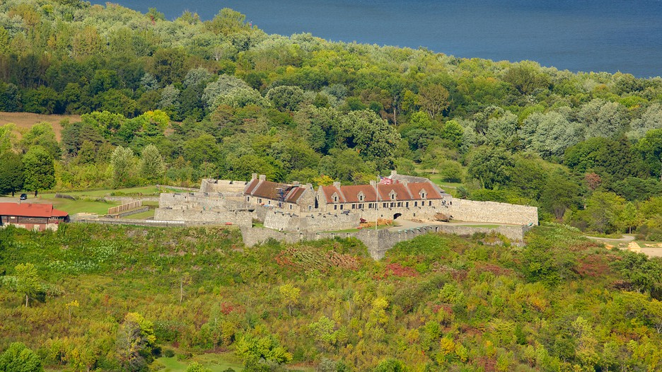 Fort Ticonderoga In Ticonderoga New York Expedia Ca