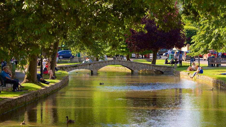 Bourton On The Water Holidays Book Cheap Holidays To Bourton On The Water And Bourton On The