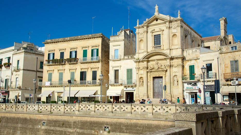 Piazza SantOronzo in Lecce,  Expedia