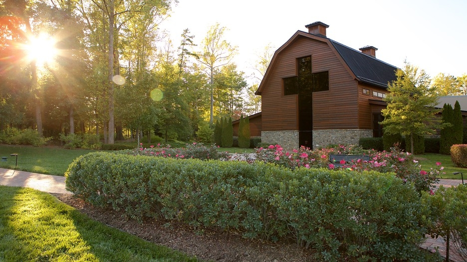 Hotels Close To Billy Graham Library