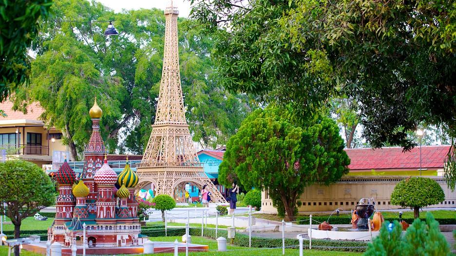 Mini Siam in Pattaya,  Expedia