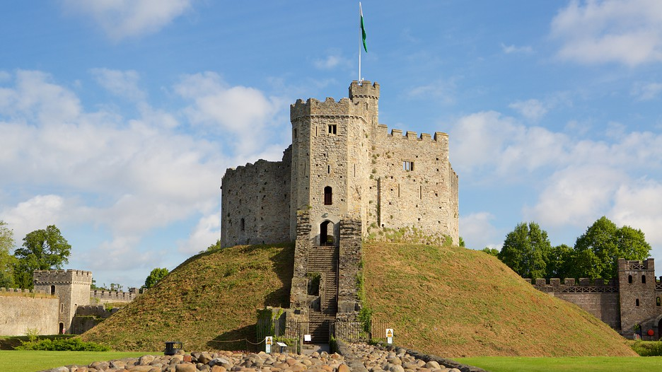 Cardiff Castle In Cardiff Wales Expedia Ca