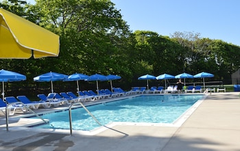 Seasonal outdoor pool, open 8 AM to 8 PM, pool umbrellas, sun loungers