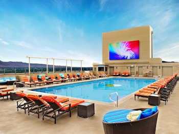 2 outdoor pools, open 9 AM to 7 PM, pool cabanas (surcharge)