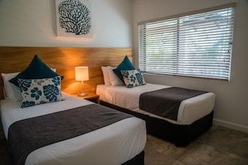 2 bedrooms, laptop workspace, iron/ironing board, WiFi