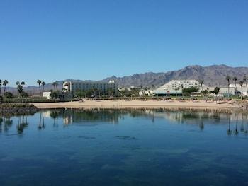 Private beach, water skiing, motor boating, fishing