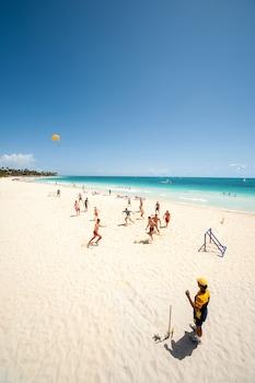 Ubicación a pie de playa, sombrillas y toallas de playa
