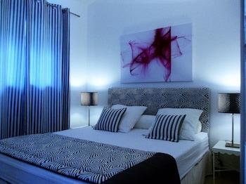 Decoración individual, mobiliario individual, cortinas opacas