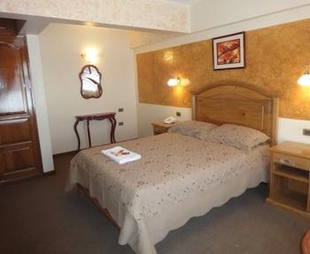 1 dormitorio, escritorio, camas supletorias (de pago) y wifi gratis