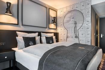 Een kluis op de kamer, verduisterende gordijnen, geluiddichte muren