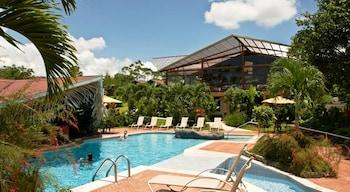 2 piscinas al aire libre