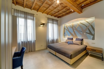 Premium bedding, in-room safe, desk, cots/infant beds