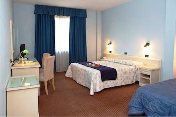 防过敏的被褥、记忆海绵床垫、特色家居、书桌