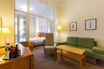 Allergikerbettwaren, Zimmersafe, individuell eingerichtet