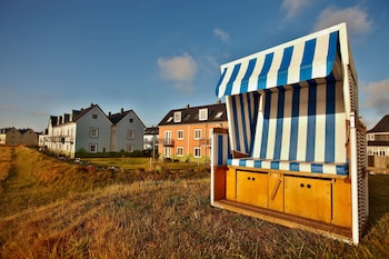 In Strandnähe, Windsurfen, Volleyball, Surfen/Boogieboarden