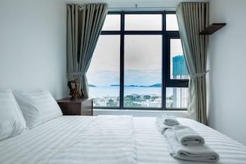 Hochwertige Bettwaren, Pillowtop-Betten, Schreibtisch