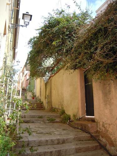 Villino con Giardino in Centro Storico