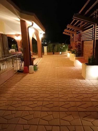 Sud Sardegna-villasimius.nuovissima Casa x max 6 Pax. Amplissimo Terrazzo