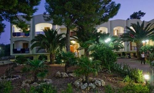 Hotel Residence Villa Candida