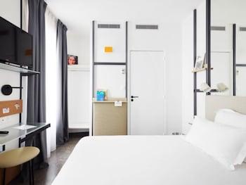 Bureau, chambres insonorisées, Wi-Fi gratuit, draps fournis