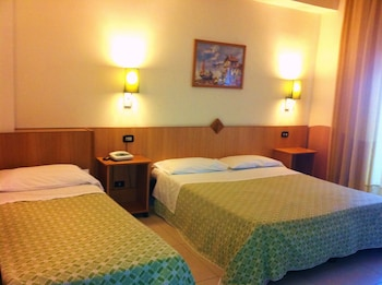 Individually furnished, desk, cots/infant beds, free WiFi